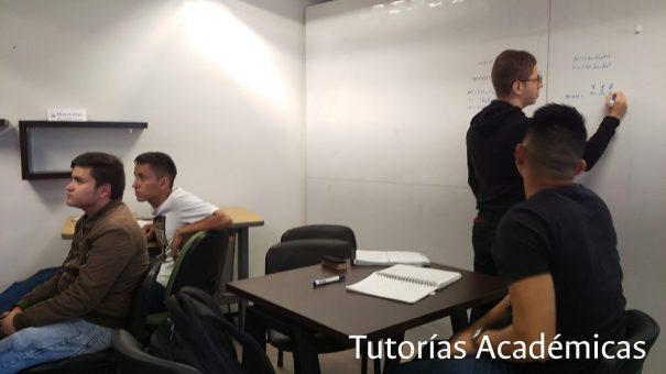 15_TUTORIAS-ACADEMICAS-3-min